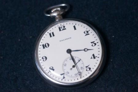 WALTHAM 懐中時計