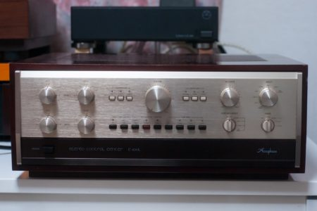 Accuphase C-200L